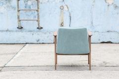 Fotel Model 366, Józef Chierowski, niebieski