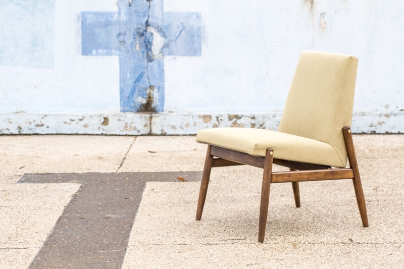 Fotel typ 300-227, Zamojskie Fabryki Mebli, zielony