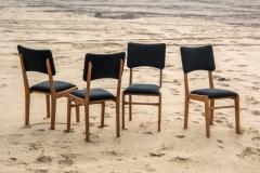 Komplet 4 krzeseł 296B, Rajmund Hałas.