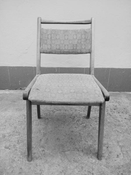 """Krzesło tapicerowane typu """"JAR"""",  Fabryka Mebli Giętych w Jasienicy - 16 sztuk"""